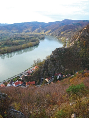 the wachau and its danube valey as continuing landscape