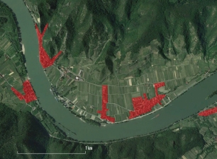well defined agglomerations along the Danube_source Google Earth and Dembski